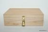 Dāvanu kaste ar piekaramo atslēdziņu